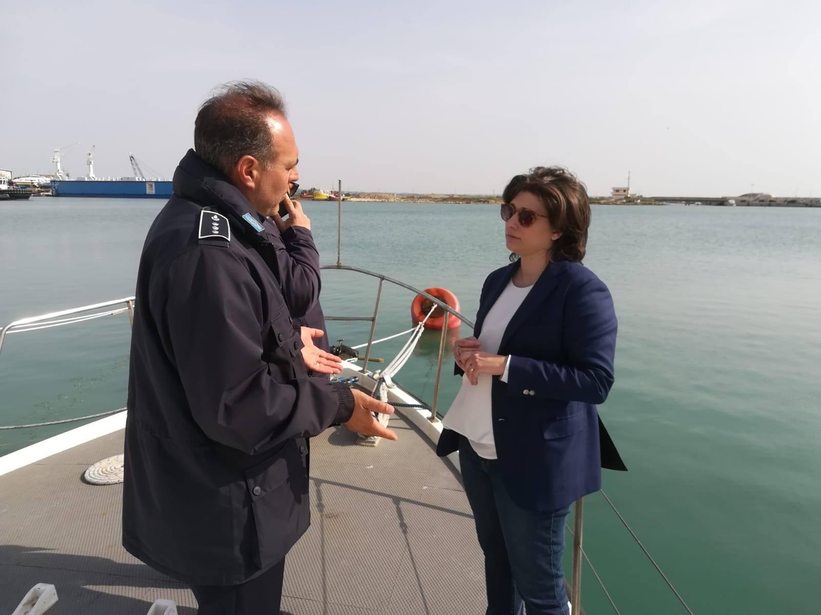 Ispezione presso la motovedetta della capitaneria di Trapani